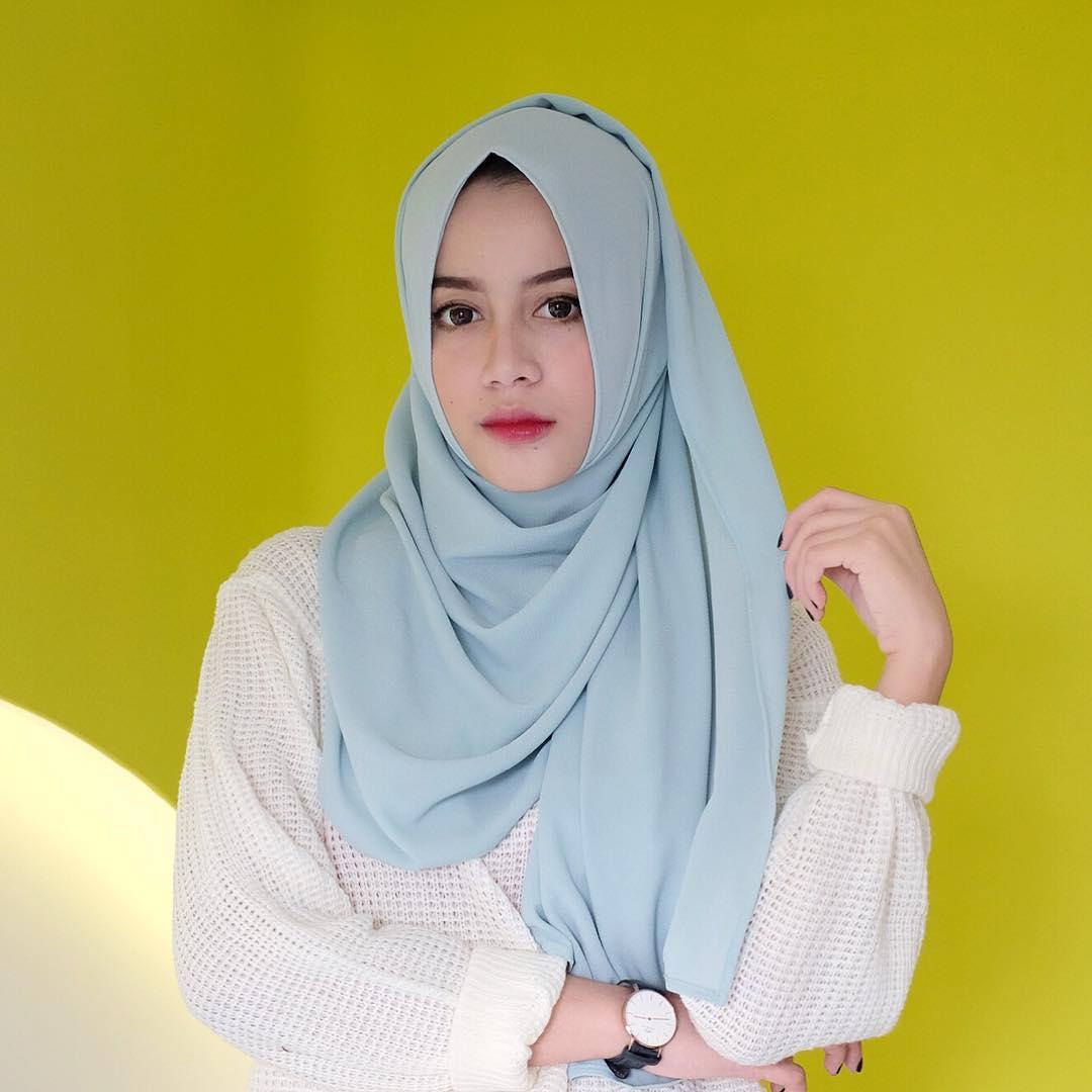 Model Hijab Cantik Bergantung Juga Pada Pilihan Bahannya