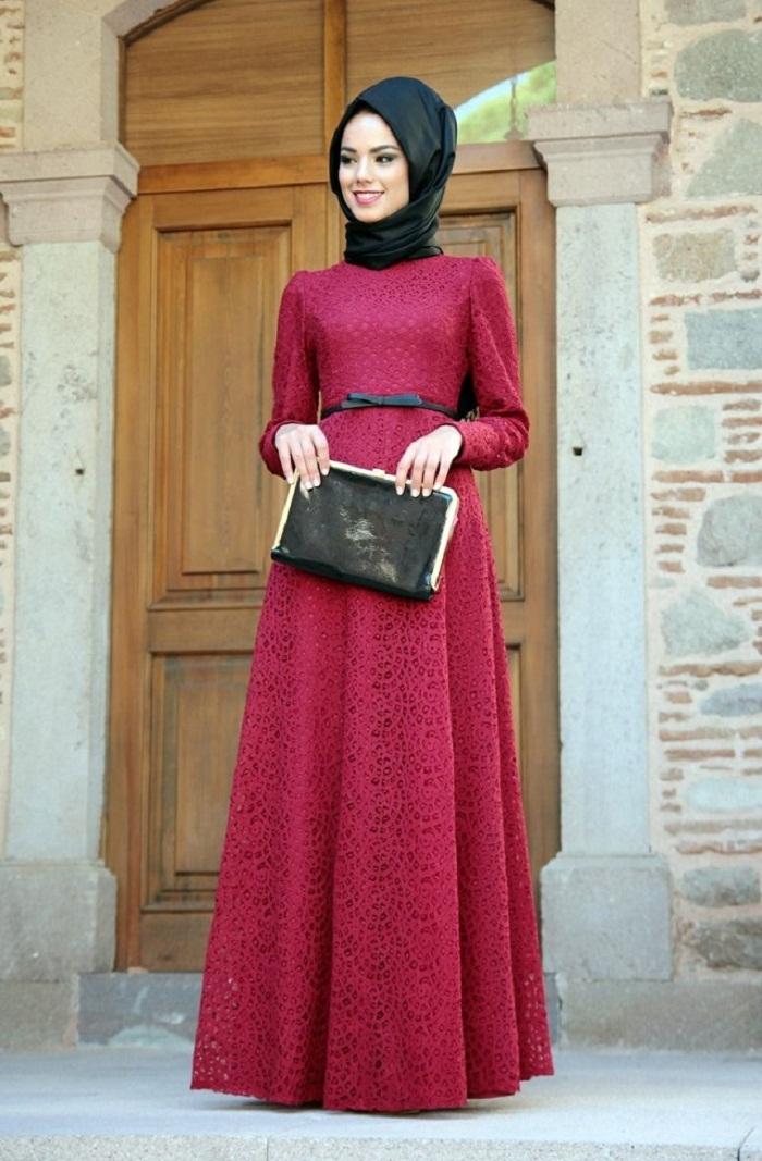 Model Long Dress Bahan Brokat Terpopuler untuk Pesta