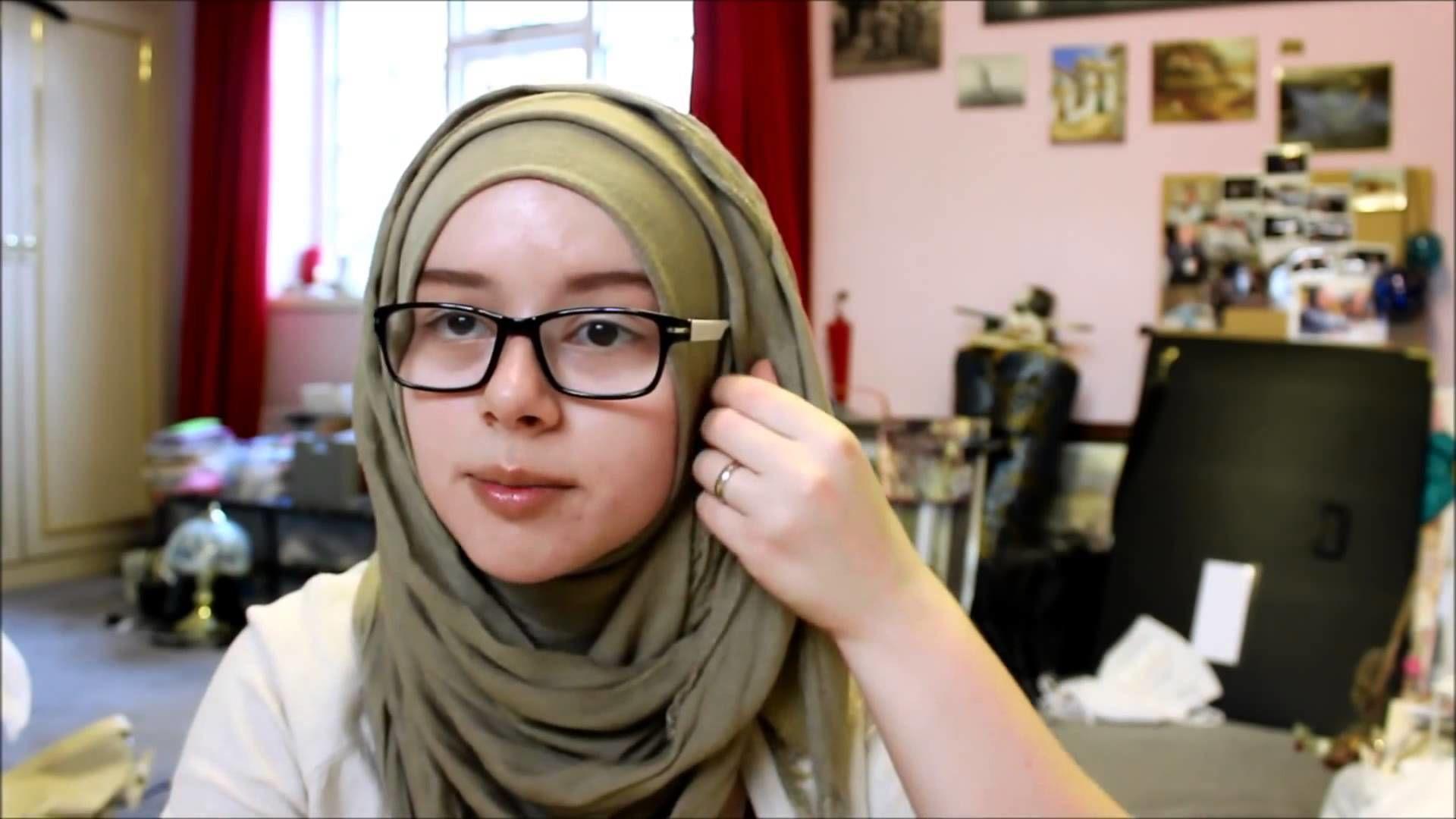 Jenis-jenis Tren Hijab Masa Kini Terbaru dan Terpopuler di Indonesia
